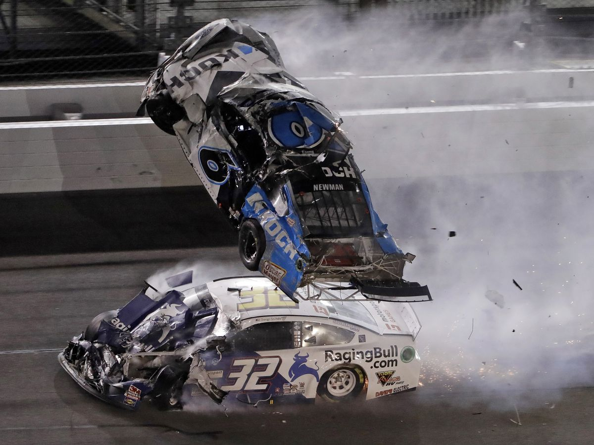Newman involved in serious crash at finish, Hamlin wins third Daytona 500