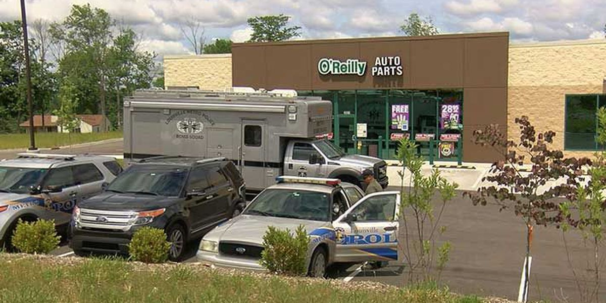 Bomb squad called after suspicious container is found in Oldham Co.