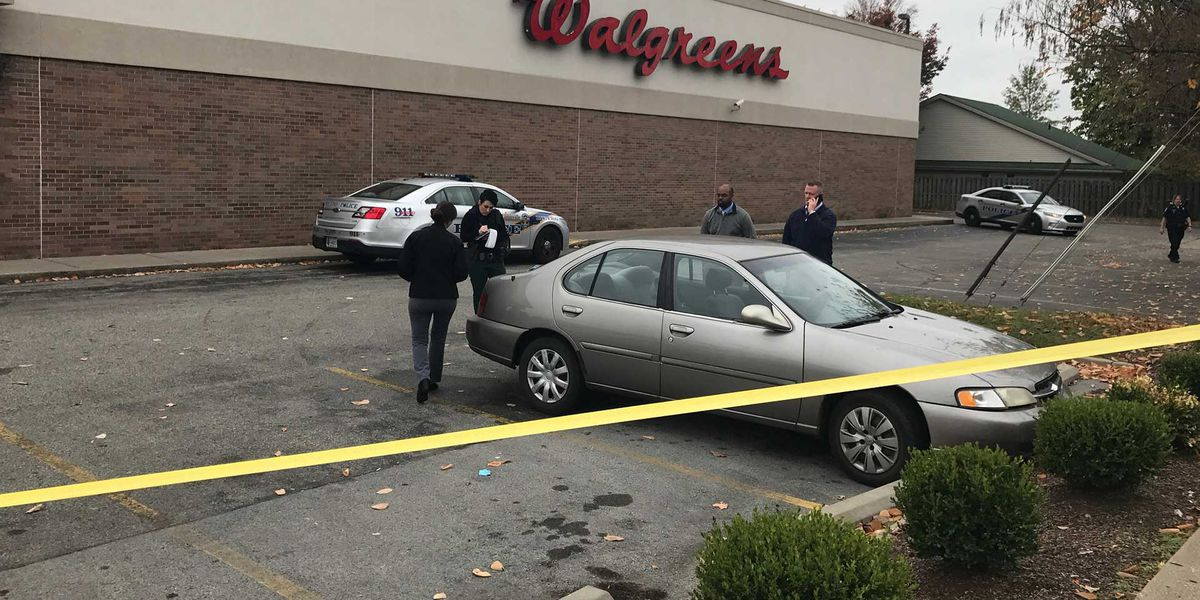 Employee found suffering from trauma in Walgreens parking lot dies