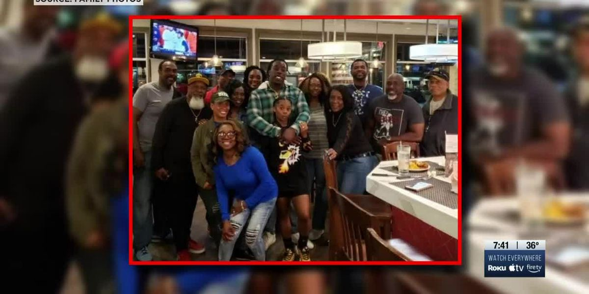 Hardin County family cheering on family member playing in Super Bowl LV