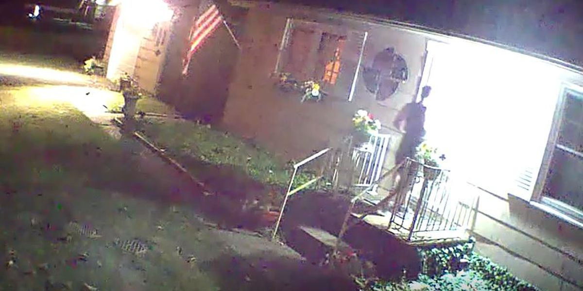 New Albany neighbors believe same man tried to break in to multiple homes