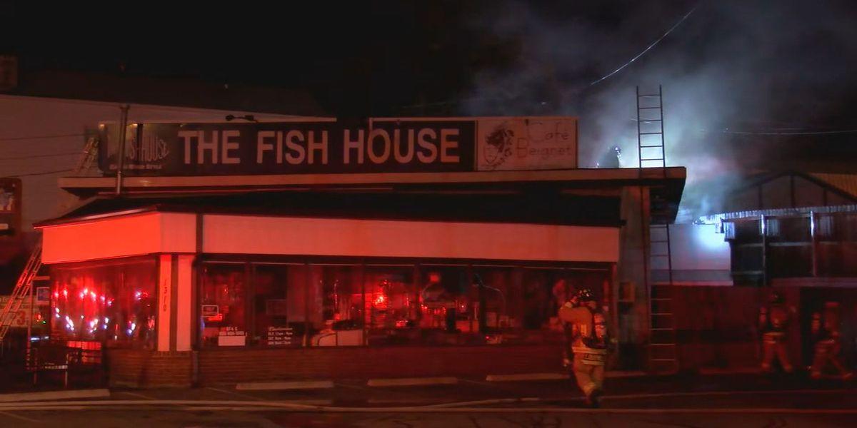 Crews battle fire at popular Highlands restaurant