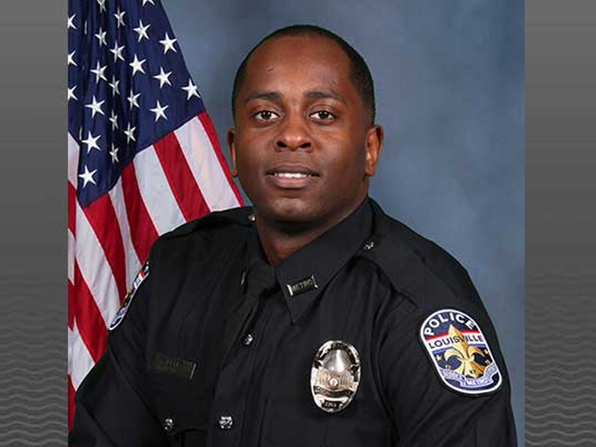 Indicted LMPD officer cited for misconduct