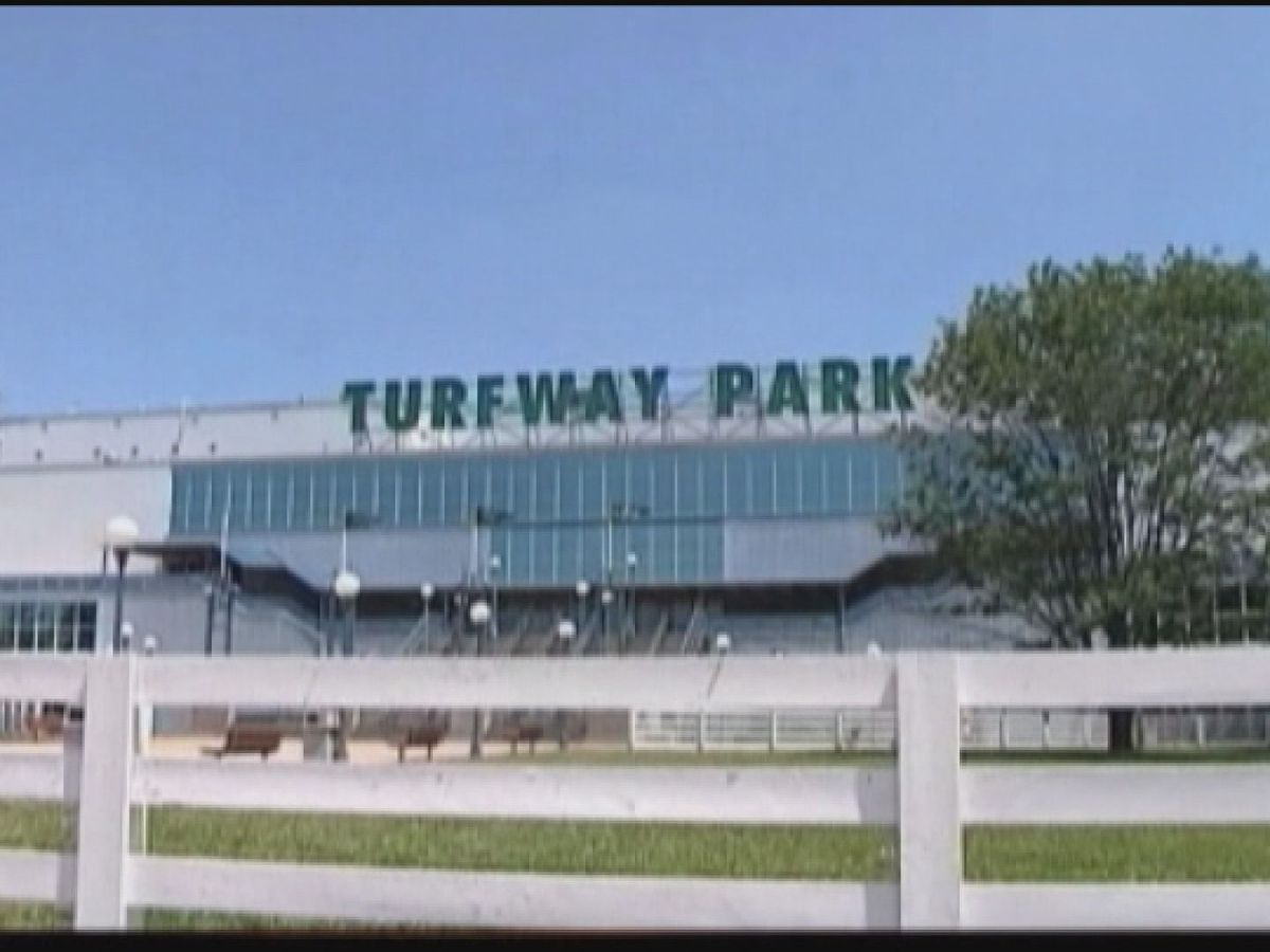 Churchill Downs completes purchase of Turfway Park