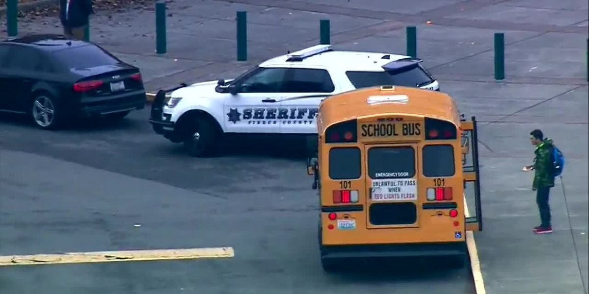 Teacher in Wash. accused of threatening to shoot students