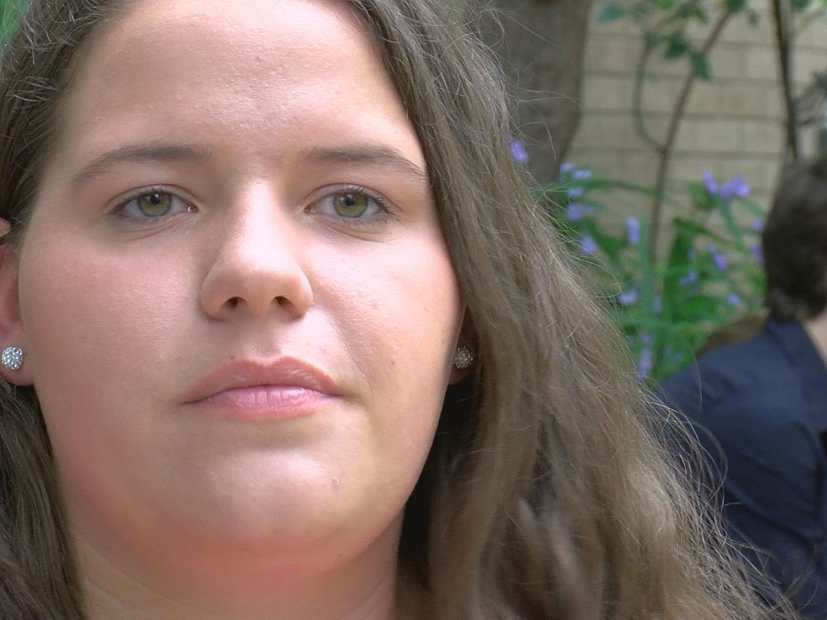 JCPS student who struggled with dyslexia will graduate as valedictorian