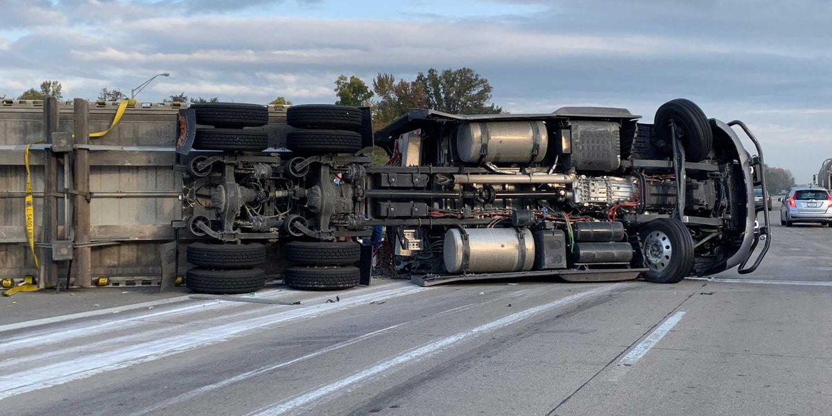 NB I-65 in Clark County reopened following semi crash