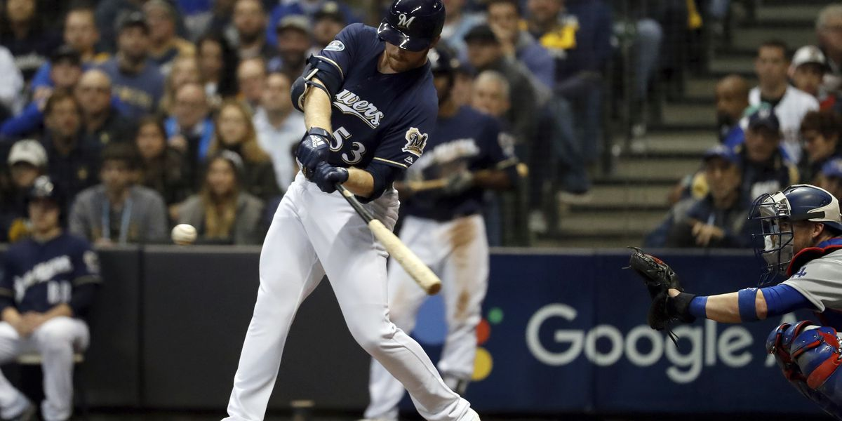 Brewers fall in game two in NLCS against Los Angeles Dodgers