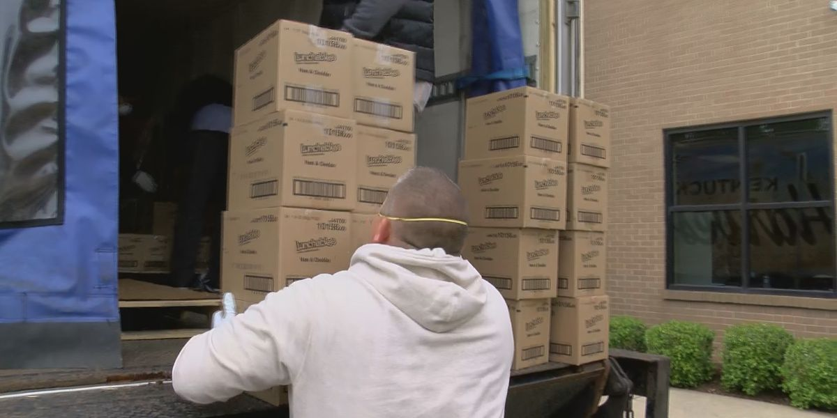 Kentucky Harvest donates 4,200 pounds of food to Family Scholar House