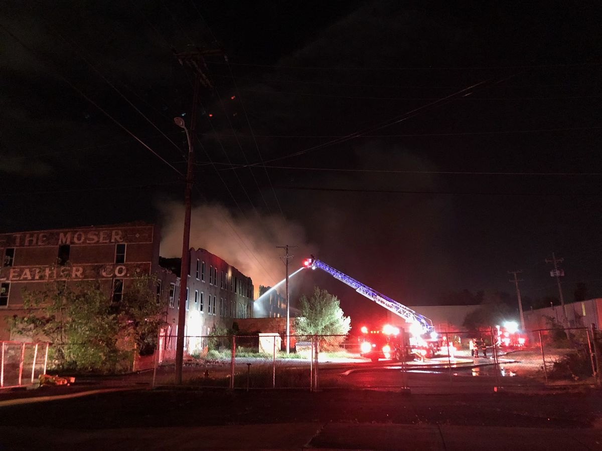 Crews battle fire at historic New Albany building