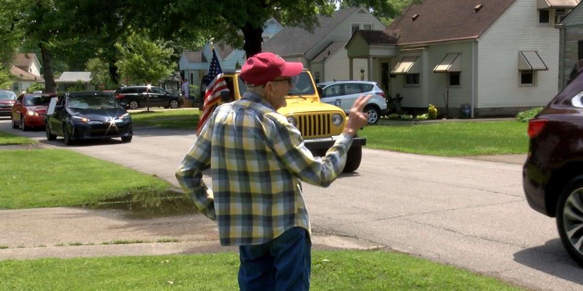 94-year-old World War II veteran from Louisville surprised with birthday drive-by parade